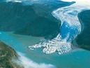 Giant iceberg collapse caught on camera