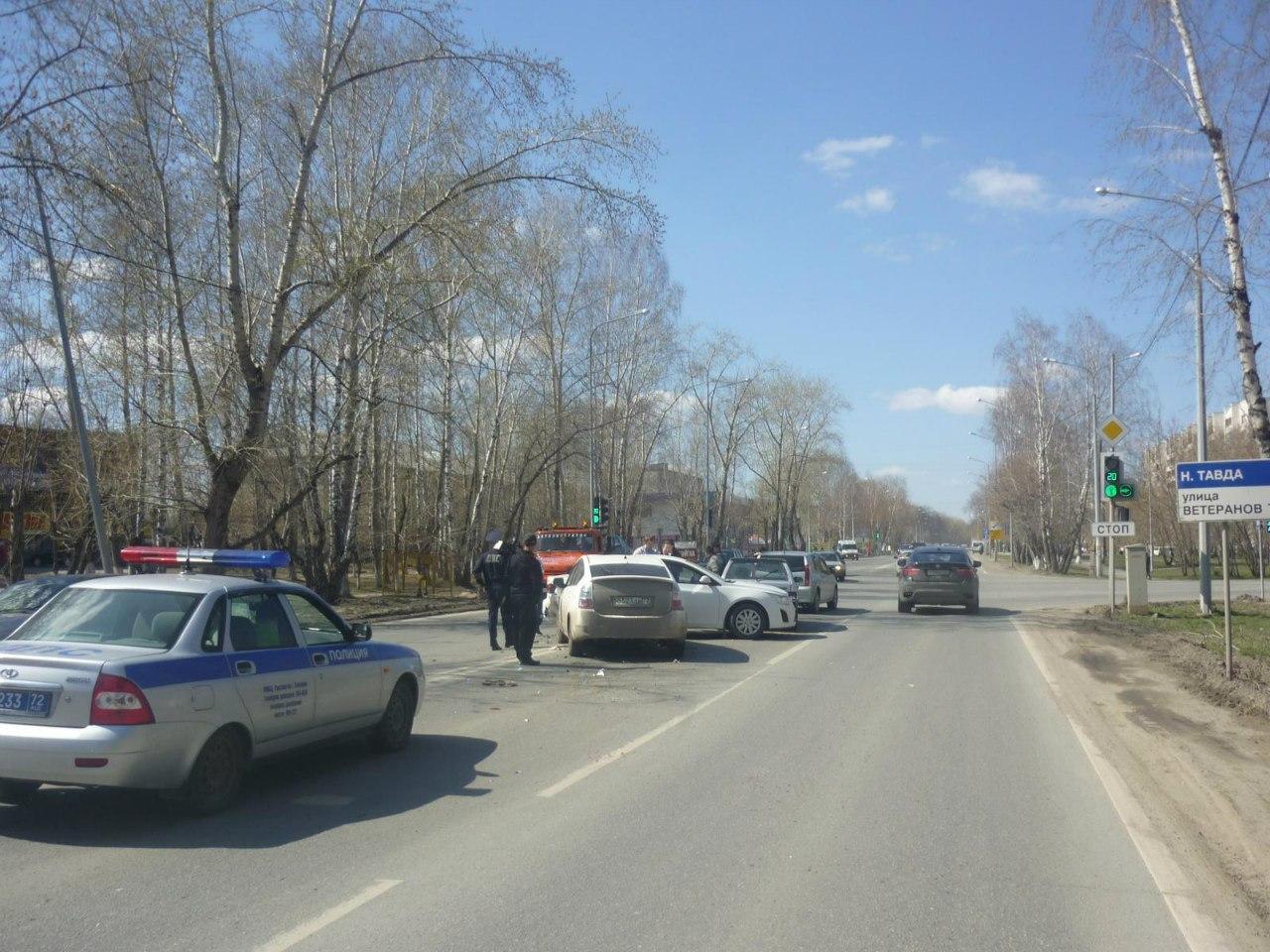 Дорожные аварии: есть погибший и раненые 3