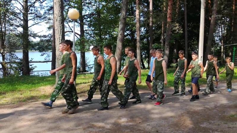 Кто мы Армейцы!