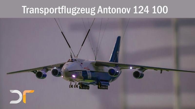Transportflugzeug Antonov 124 100 voll funktionsfähig im Maßstab 1:144