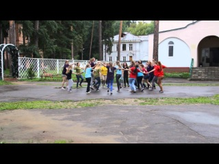 Shake your pom pom_flashmob_Lingua 46_version 3