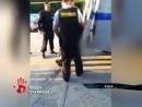 Безумца который разгромил алкомаркет в Челябинской области скрутили полицейские Объяснить своей поведение он так и не смог