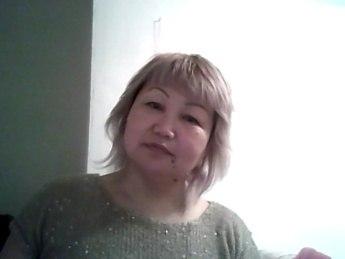 Гульжан - преподаватель английского языка