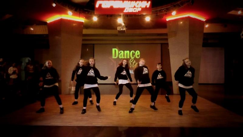 Конкурс Dance star. Старшая группа по Hip-Hop, преподаватель Евгений Черкасов