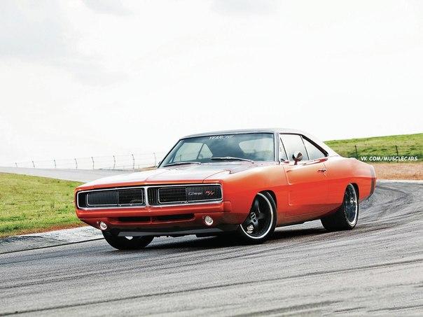 1969 Dodge Charger R/T  Мощность двигателя: 640 Л.С. Крутящий момент:570 H/M