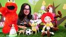 Oyuncak Hikayesi oyuncakları ve Elmo top oyuna gülüyorlar