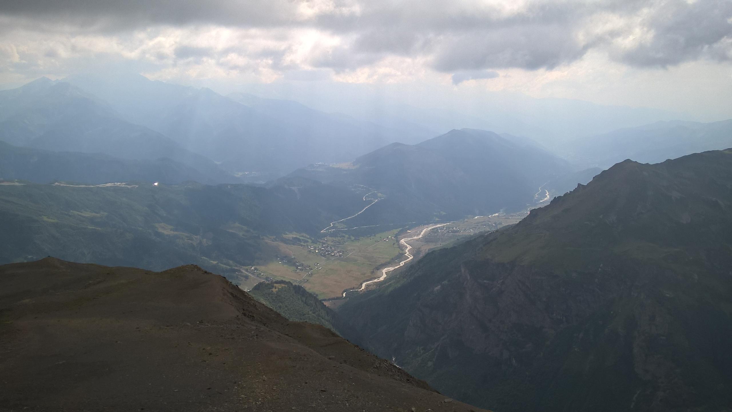 над перевалом Угвири в Верхней Савентии