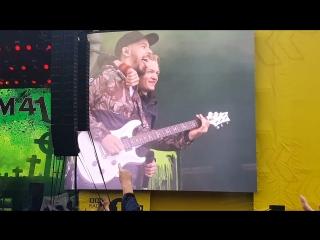 Sum 41 - Faint (Feat. Mike Shinoda of Linkin Park) (Leeds Festival 2018)