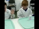 Вот такие ребята были в нашей лаборатории сегодня Задорные веселые с неподдельным интересом и удивлением наблюдали за ходом х