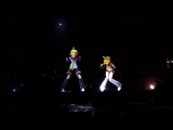 Miku_Expo_2016_Live_Concert_In_Toronto_-_______________Remote_Control_by______________P_-_1080_HD_(MosCatalogue.net).mp4