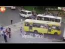 Мытищи. автобус давит пешеходов
