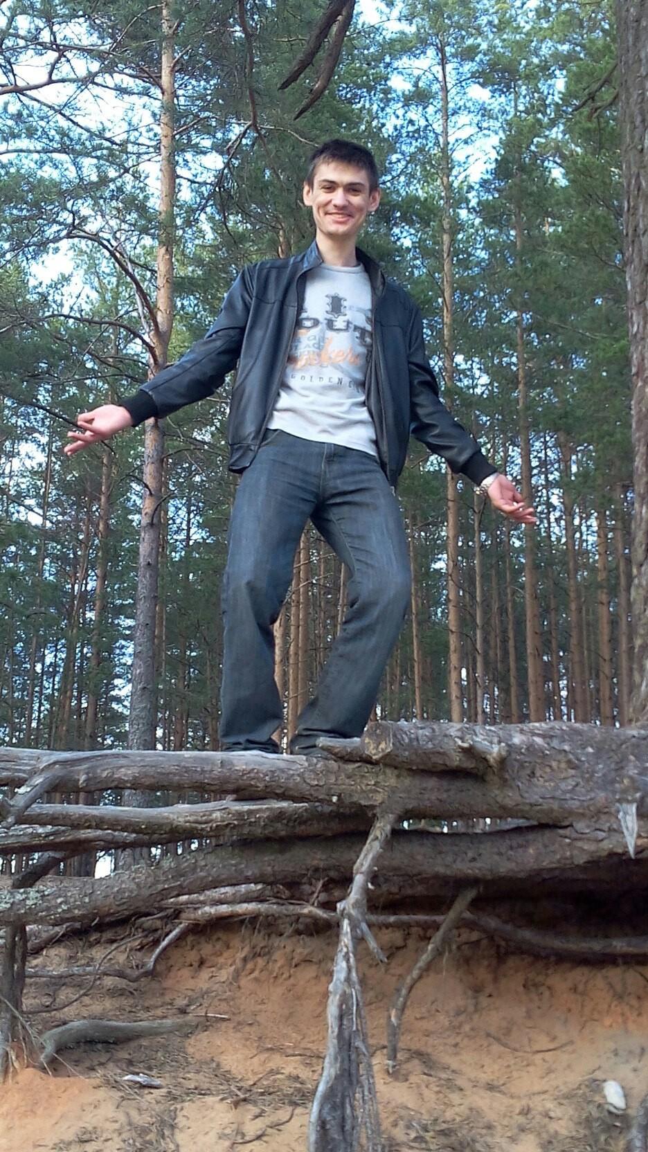 Sergey, 22, Luga