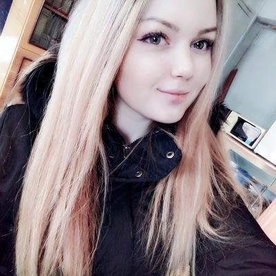 Аня Леликова