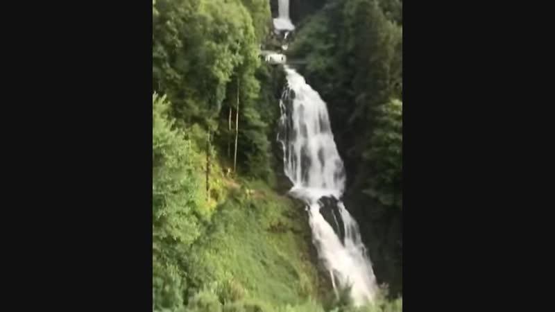 Потрясающий вид. Река Гисбах, Швейцария