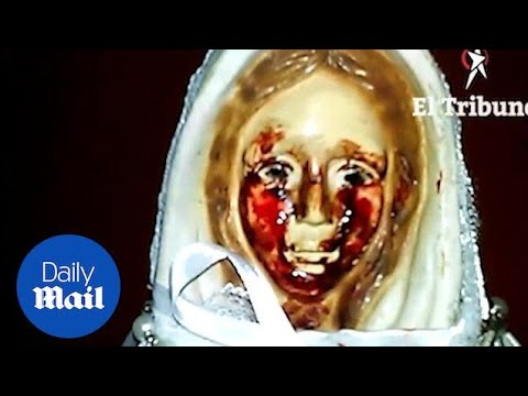 Virgin Mary statue pictured crying 'tears of blood' in Argentina Daily Mail
