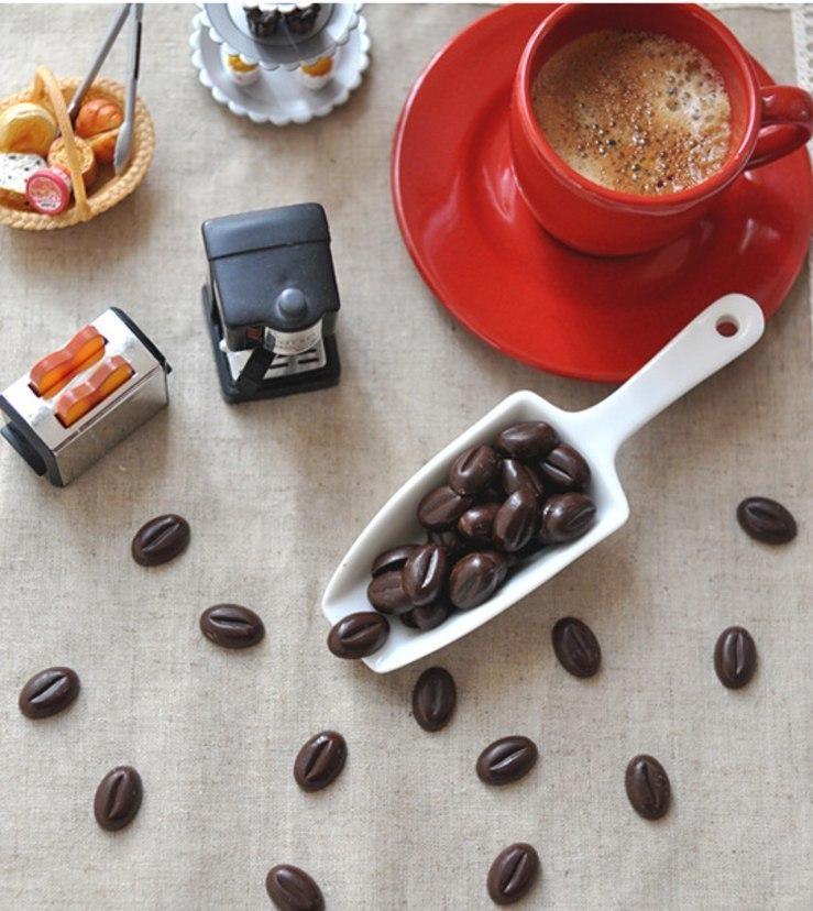 Форма для конфет в виде кофейных зрен -
