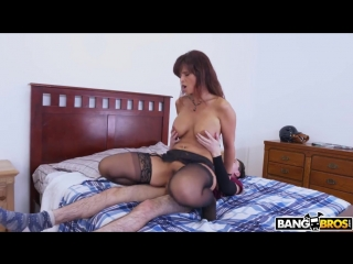 Syren De Mer - мамка наказала Fucking Her Pussy (MomIsHorny, milf, amature, MILF, Incest, зрелые, милф, инцест, Hardcore)
