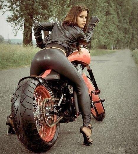 popki-s-mototsiklom