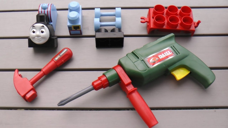 Assembling Thomas the Train with Tools kit set toys for kids