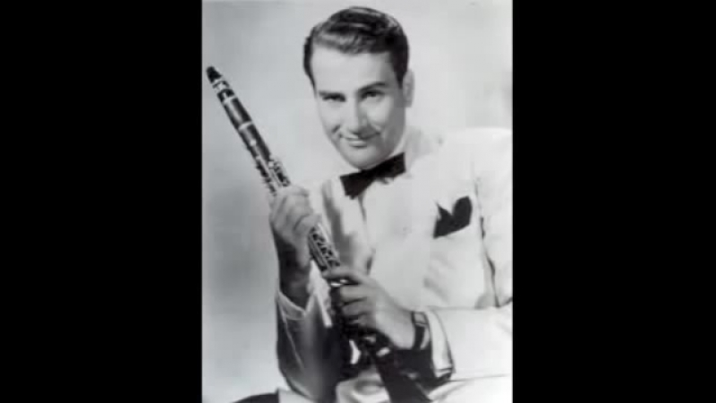 Artie Shaw and his orchestra - At Sundown