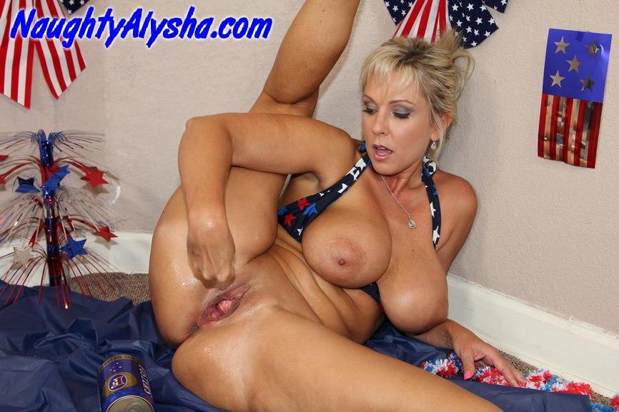 Порно фото порно актрисы ноути алиши
