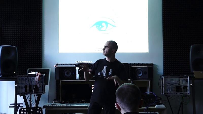 Евгений Вороновский: лекция Cisfinitum и индустриальная музыка