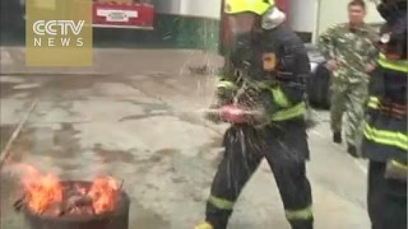 Can coke extinguish a fire