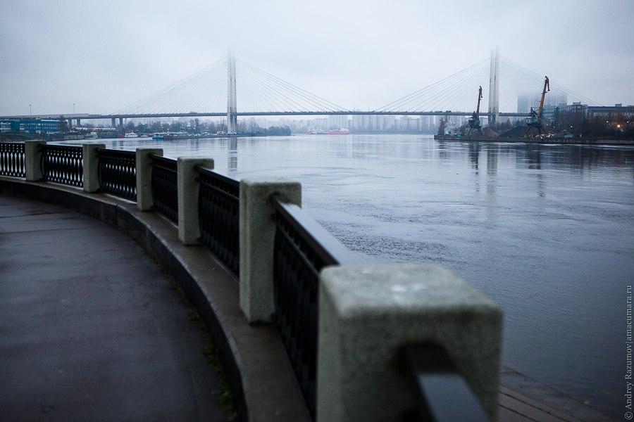 Октябрьская набережная Большой Обуховский мост