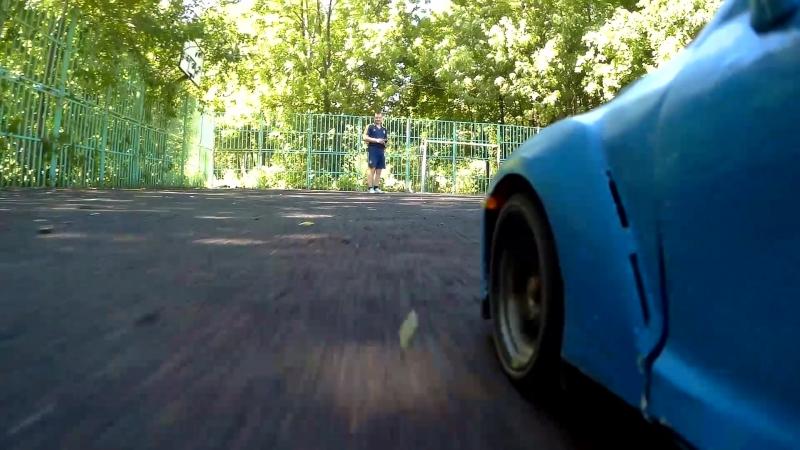 Клип Nissan GT-R