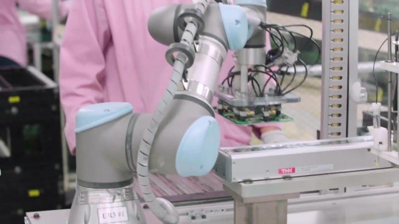 Tiết kiệm 80,000 USD chi phí sản xuất mỗi năm nhờ Universal Robots tại JVC Indon
