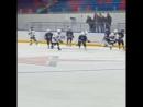 Марик забрасывает шайбу в ворота СКА-Серебряные львы делает счет 44