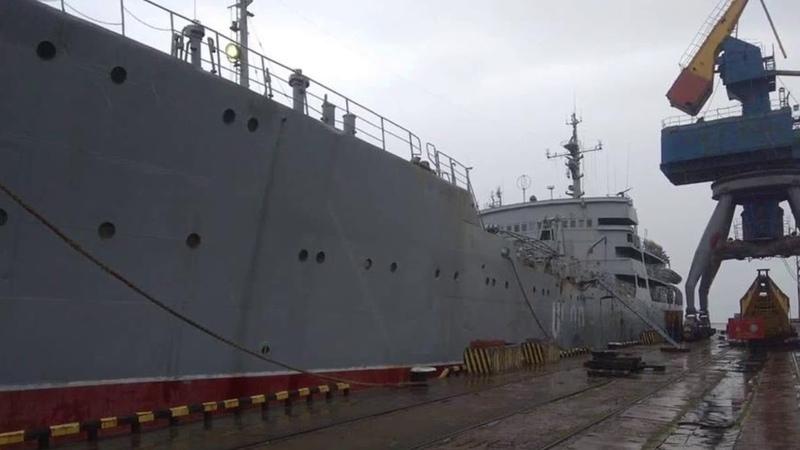 В Мариупольский порт пришли корабли ВМС ВСУ