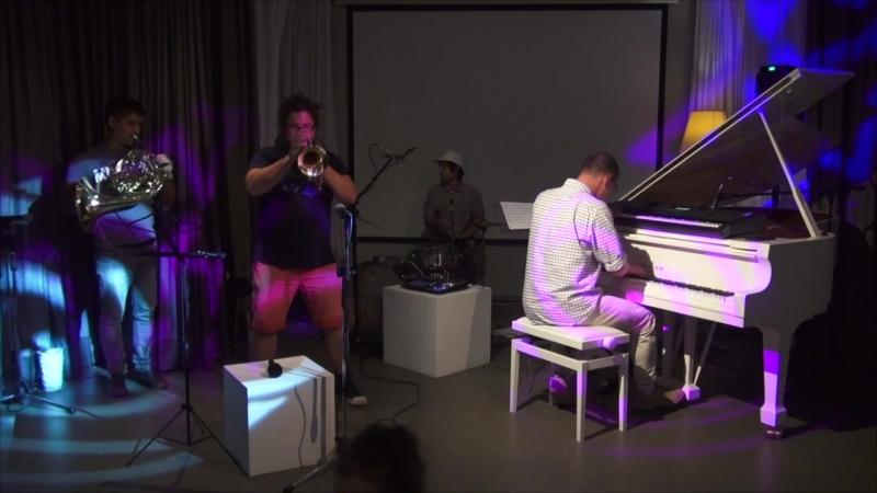 Jazz Do Eat Прялка