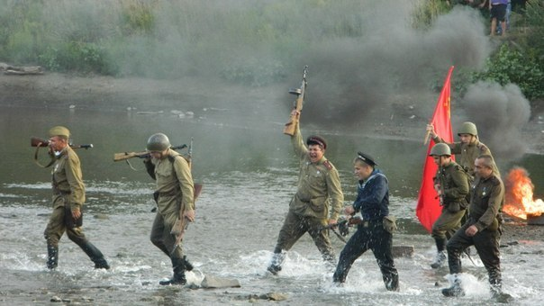 Под Таганрогом прошла реконструкция прорыва Миус-фронта. ВИДЕО