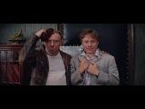 Шеф, все пропало! Гипс снимают, клиент уезжает! Я убью его! Бриллиантовая рука 1968...