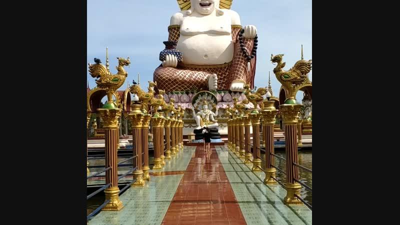Чем заняться в храмовом комплексе Wat Plai Leam.mp4