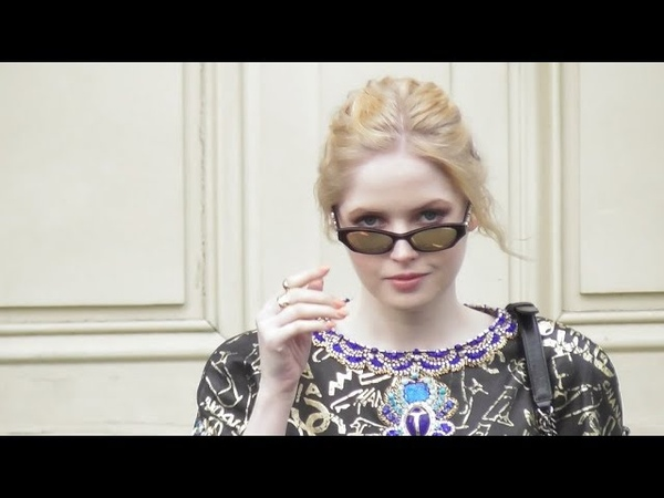 VIDEO Ellie BAMBER @ Paris 5 march 2019 Fashion Week show Chanel / mars