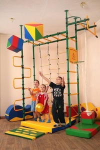 шведская стенка детей 1 года