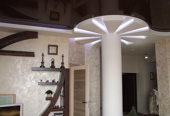 Несущая колонна в гостиной