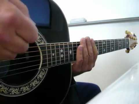 Pats your fingerboard...Freddy / Ovation 1617