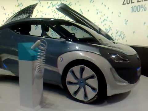 New Renault ZOE preview Z.E. First 100 Electric Spa Concept Car