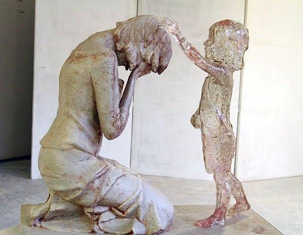 """Памятник  """"матерям""""  детей  абортов. Словения."""