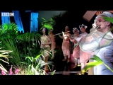 Björk revisits The Anchor Song on Later... with Jools