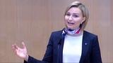 NU Ebba Busch Thor i riksdagen