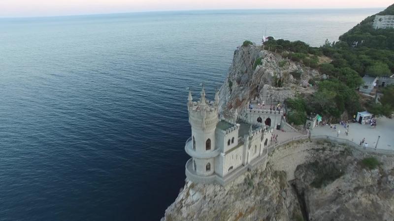 Крым Ласточкино гнездо с высоты птичьего полета 4К Видео