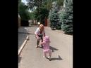 Лера Кудрявцева показала первые шаги десятимесячной дочери Маши