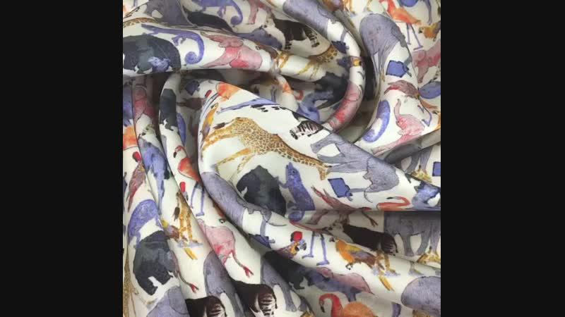 Атласный шелк с эластаном. На блузы, платья, юбки. Не просвечивает 95 шелк, 5 эластан. Италия Цена 3800 руб. Ширина 140 см  Итал