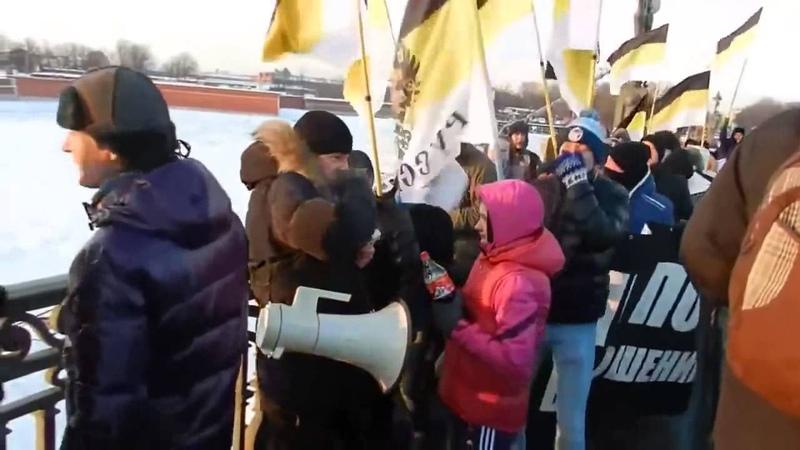 Кто не прыгает тот чурка (хач)!Москва,Санкт Петербург 2011-2013год Марш националистов РФ!