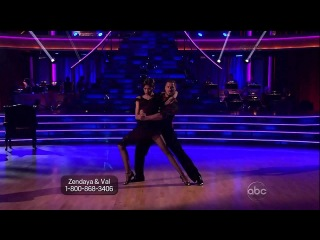 1 Zendaya and Val with Maksim and Anna-Argentine Tango
