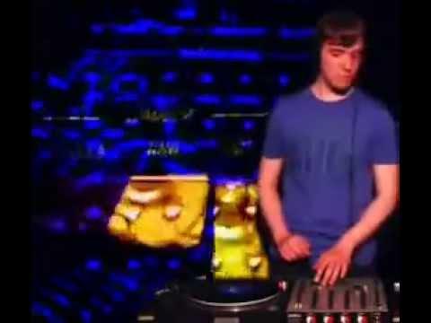Eddi Shkiper @ RTS.FM Moscow Studio 20.09.2010 (visuals by Acid Mind)
